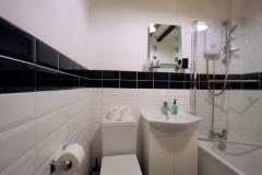 Octavia Bathroom Left